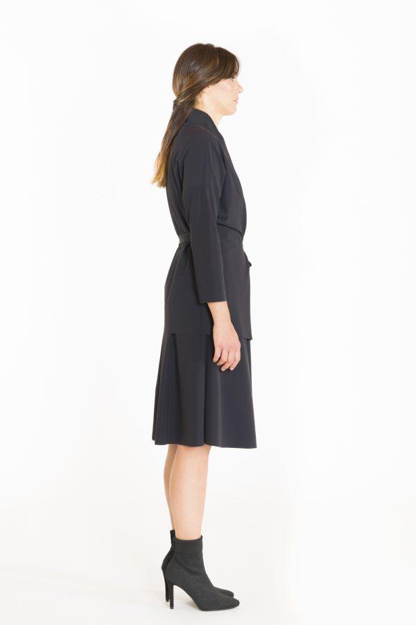 Blusa-portafoglio-OPIMO-nera-laterale