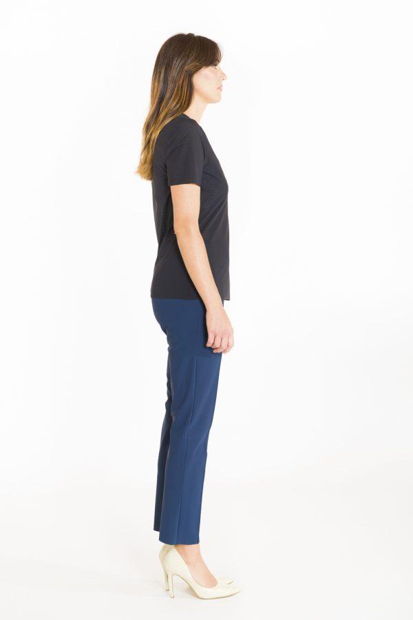 T-shirt classica in tessuto forato nero OPI[MO] laterale